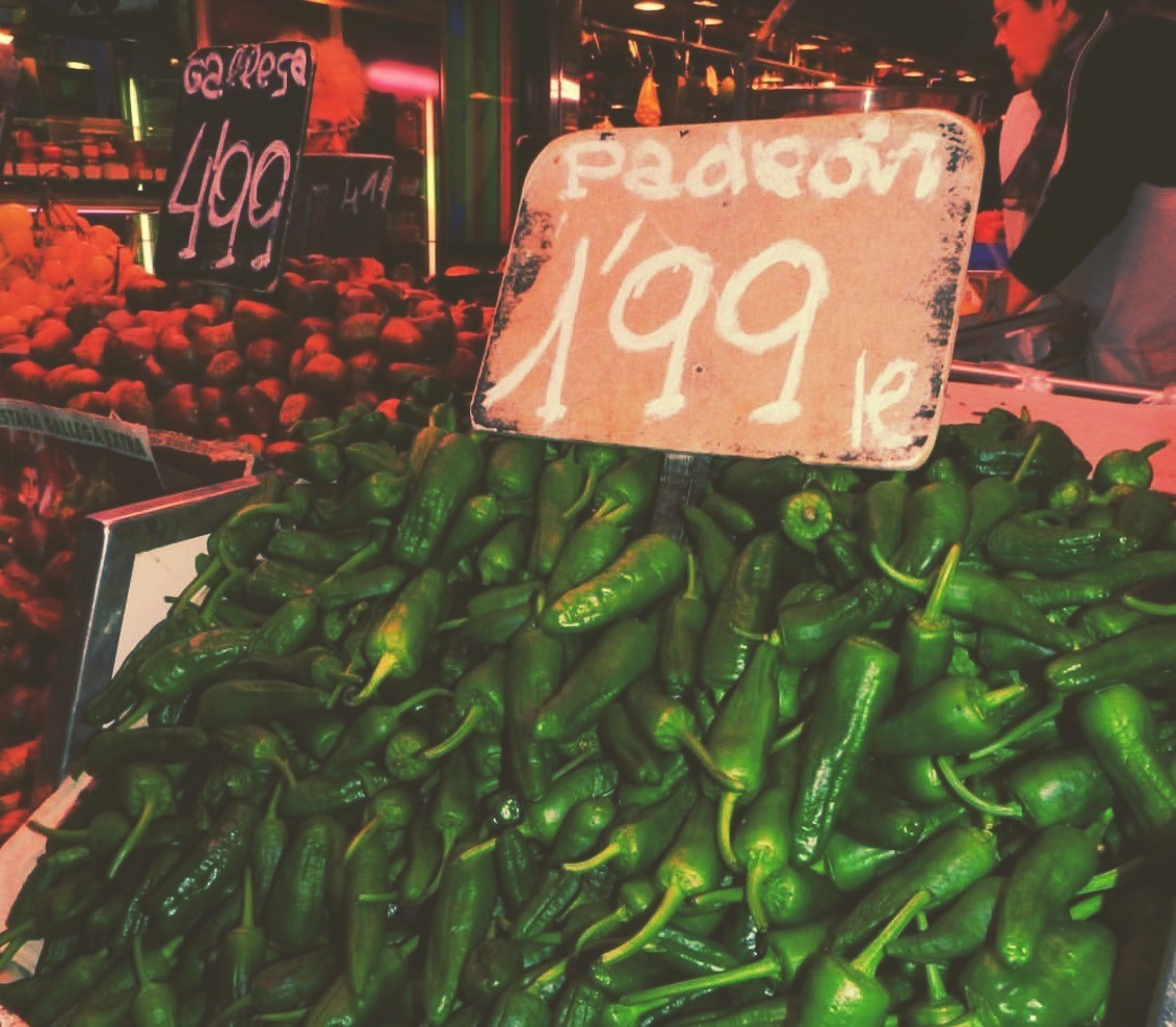 padró peppers - la boqueria market