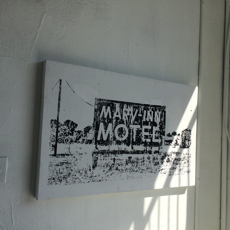 Marv-Inn on Wooden Panel