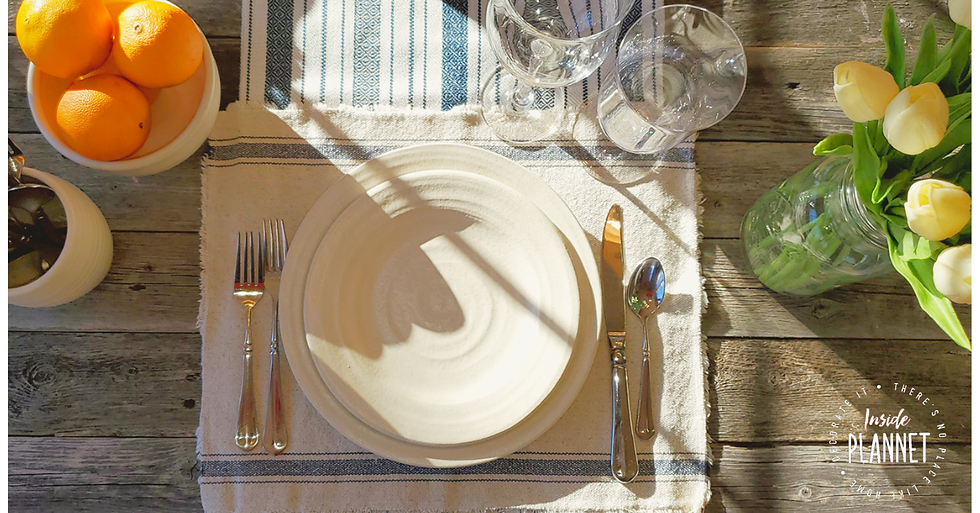 Inside_Plannet_Farmhouse_Style_Table_Set