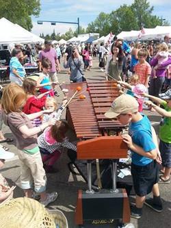 St Albert Market, Kids hitting marimba