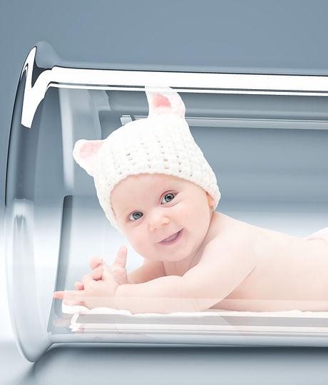 newborn in 3d vitro tube - Copy.jpg