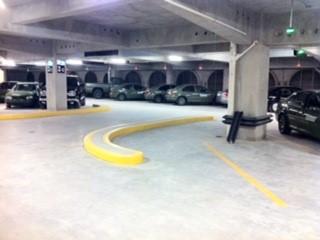 Estacionamiento privado de la Secretaria de la Defensa Nacional (Coemsa Inmobiliaria)