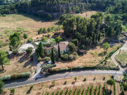 Une vue aérienne de la villa