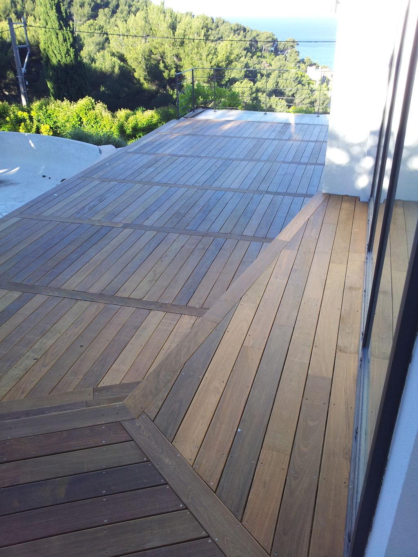 Pose de terrasse en bois exotique