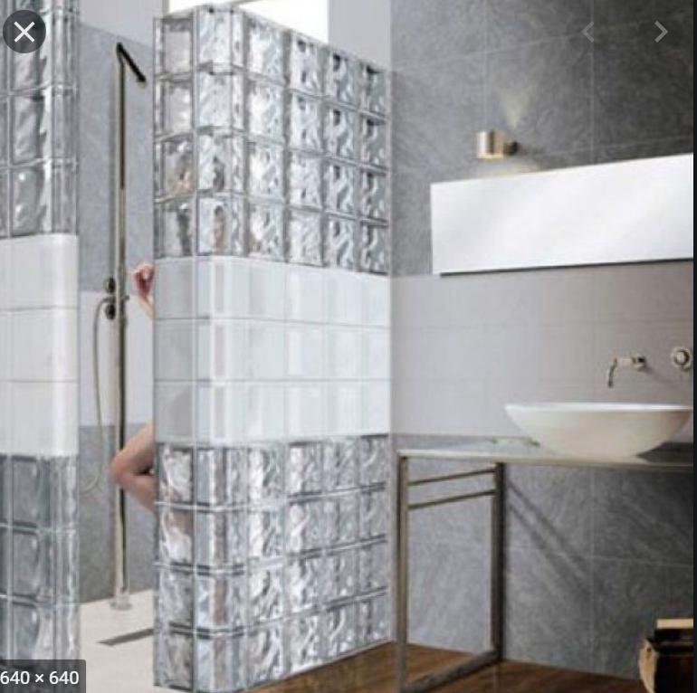 Salle de bain brique de verre