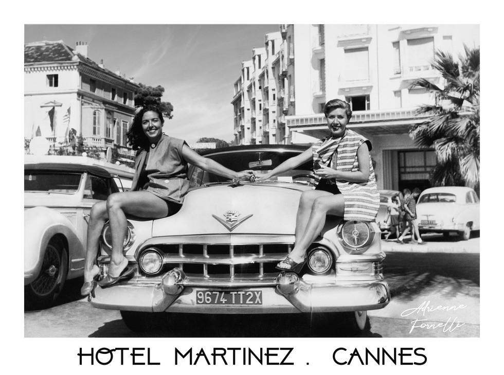 Avec Babette sur la croisette  à Cannes, devant l'hotel Martinez