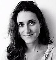 Laura Cavan, Graphiste chez i3DECO. Web designeuse, décoratrice d'intérieur.