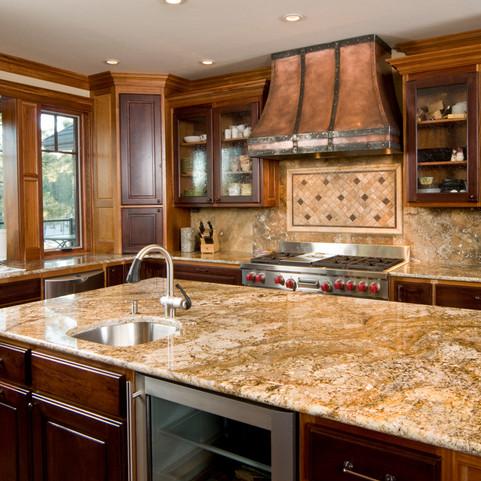 Traditional Granite Kitchen