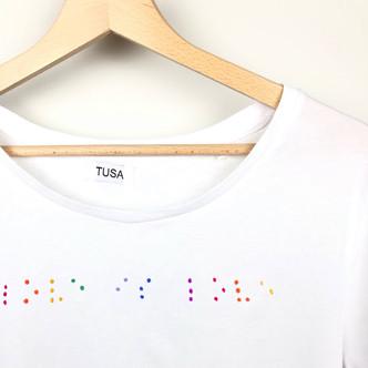 Love is love edizione Braille