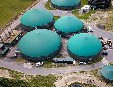 In addition, we offer a wide range of classic biogas technology. We are happy to advise you on the subject of biogas and biogas plant construction. We offer you the full program, from the initial planning to the key assignment of your finished system.