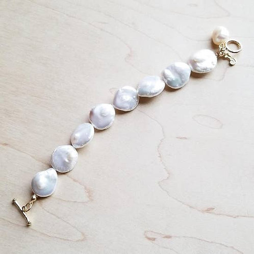The Jewelry Junkie - Freshwater Pearl Coin with KC Gold Bracelet
