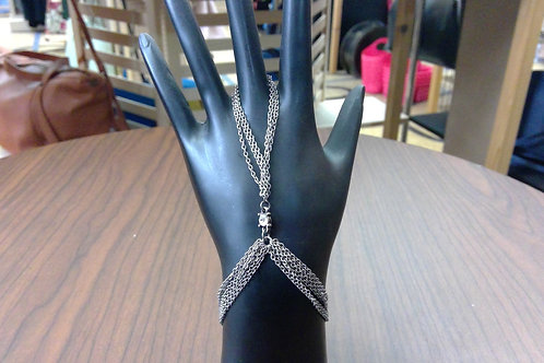 Ettika Chain Hand Harness