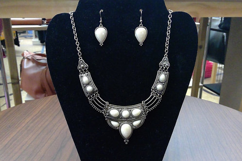 Tazza Necklace & Earring Set
