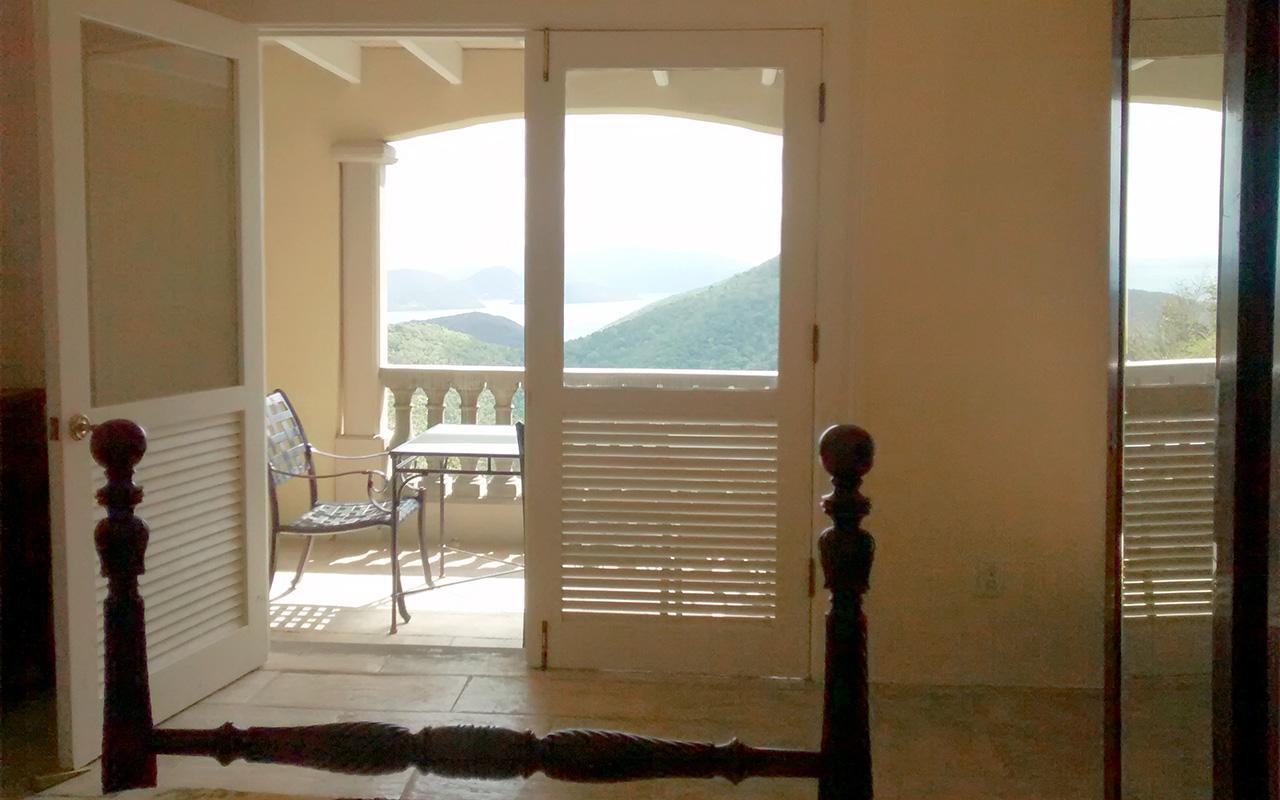 Twin Bedroom Balcony