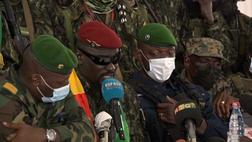 Analiz | Gine'de Darbe: Rahatlatma ve Endişeler Arasında