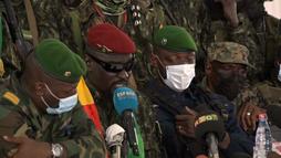 Analiz   Gine'de Darbe: Rahatlatma ve Endişeler Arasında