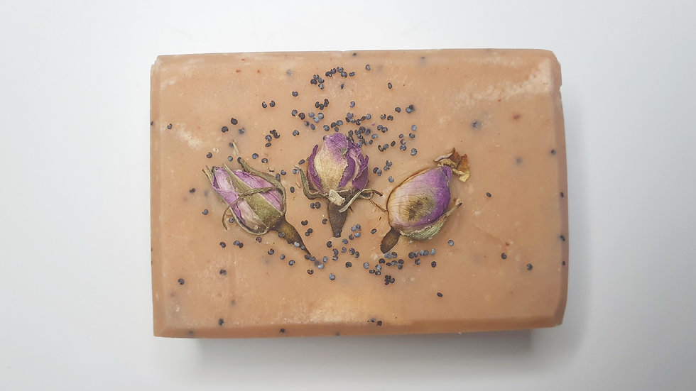 Geranium & Poppy Seed Beeswax Soap