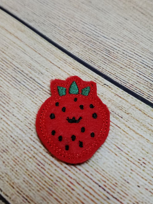 Smiling Strawberry Feltie