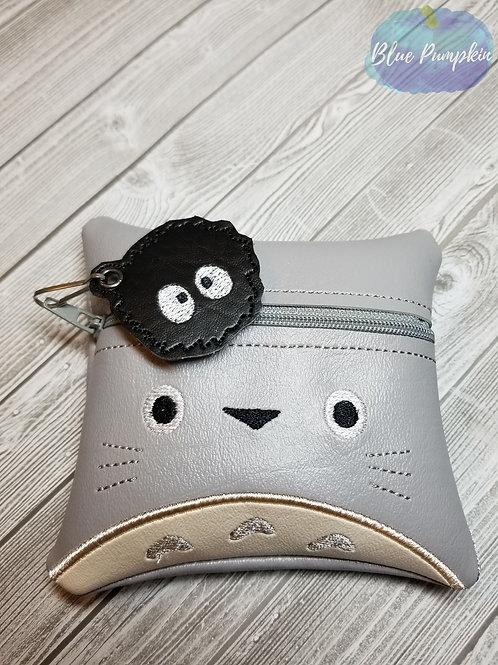 5x5 Totoro ITH Zipper Bag Design