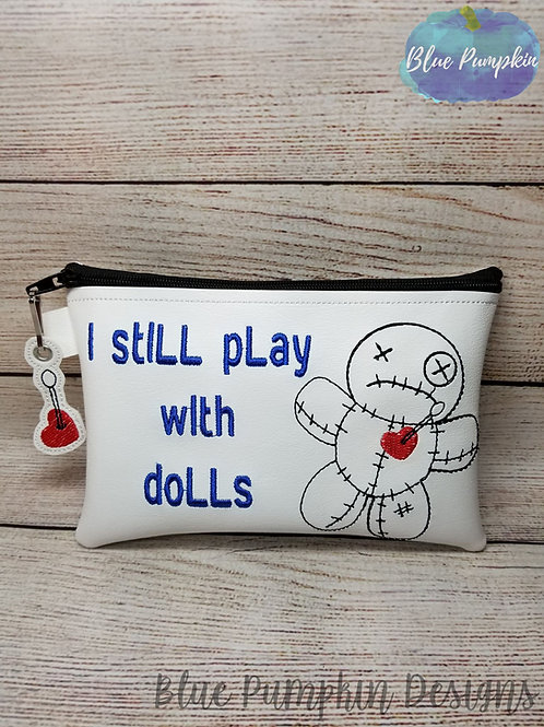 I still play with Dolls ITH Zipper Bag Design