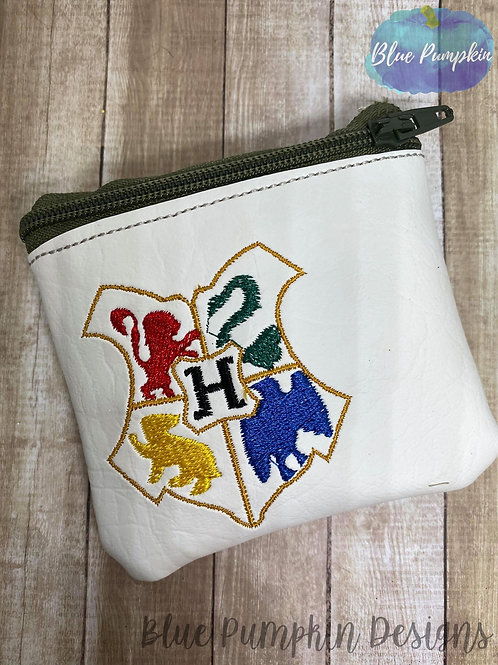 4x4 Wizard Crest ITH Bag Design