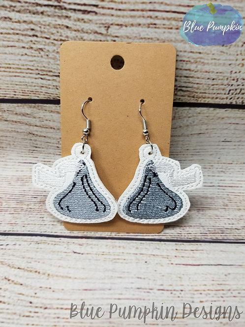 Kisses Earrings