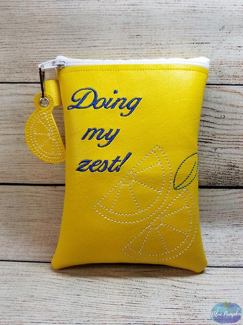 Doin my Zest ITH Zipper Bag Design