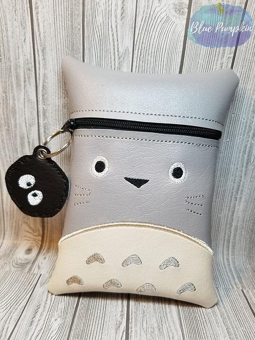 7x5 Totoro ITH Zipper Bag Design
