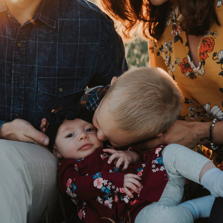 OUTFIT TIPS FOR FAMILY PHOTOS