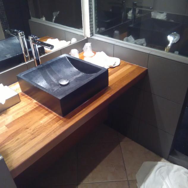 sdb vasque noir plan bois-8.jpg
