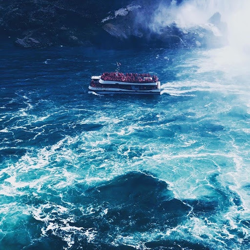 Cruise into the Falls