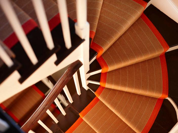Roger Oates - dart-persimmon.jpg