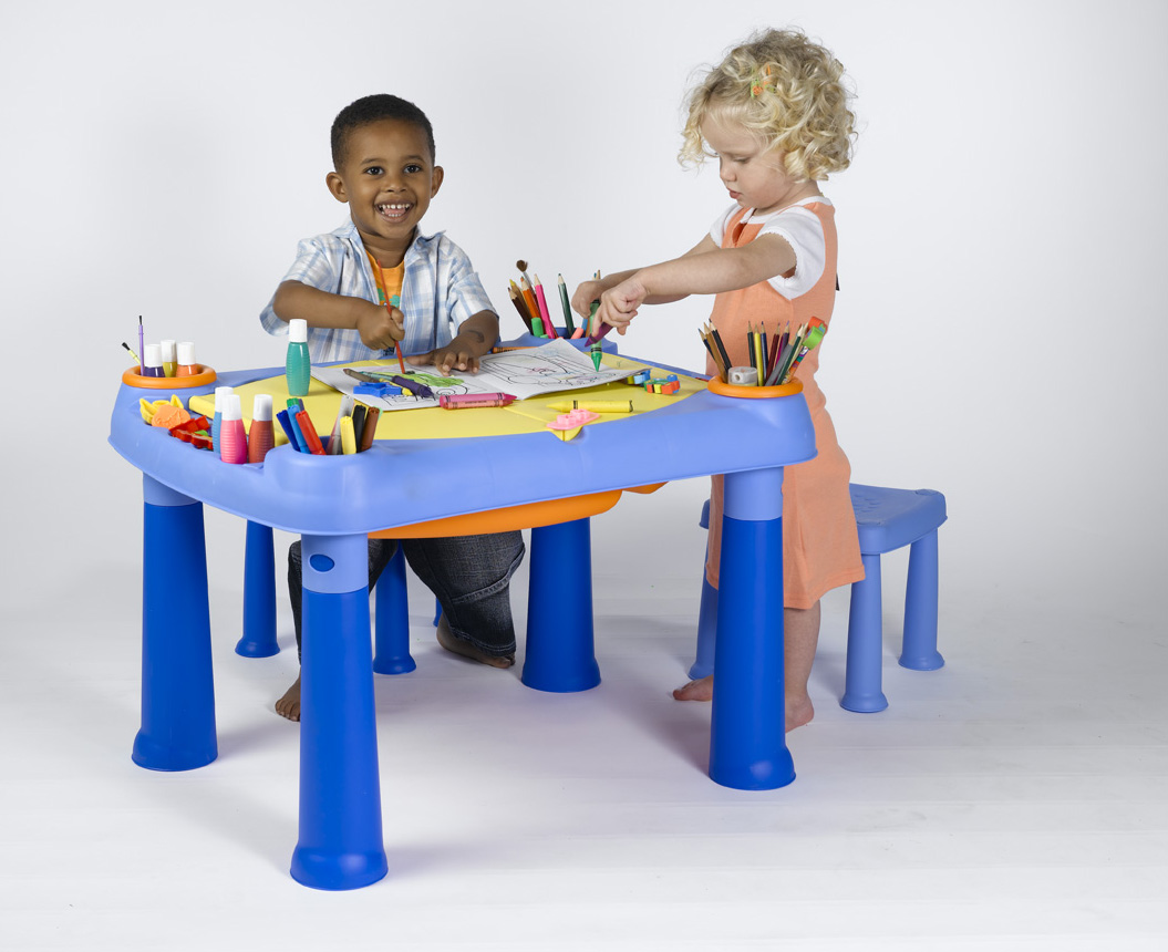 KETER- Creative Play table + 2 Stools