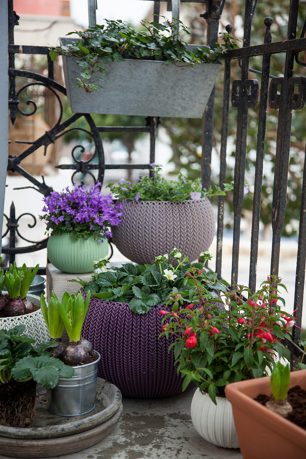 KNIT- COZIES Planters