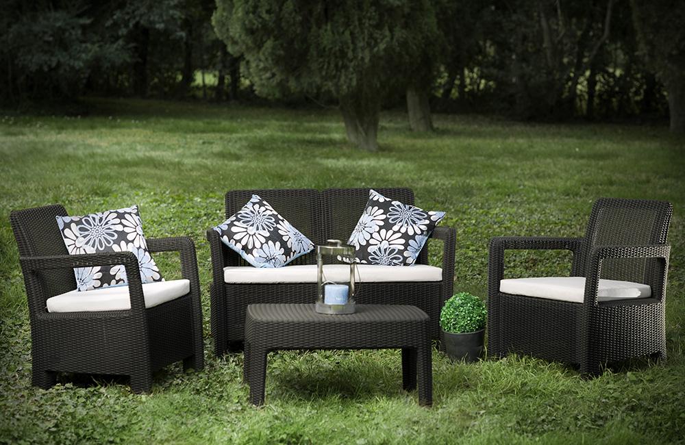Rattan outdoor set