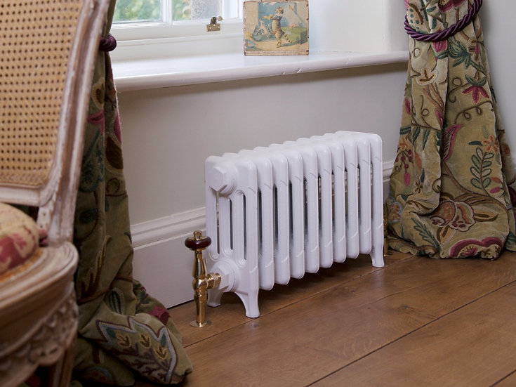 Carron Victorian 325 4 Column Cast Iron Radiator is Parchment White