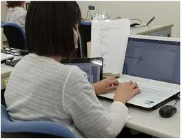 パソコン村 愛野教室 パソコンも頑張ります!