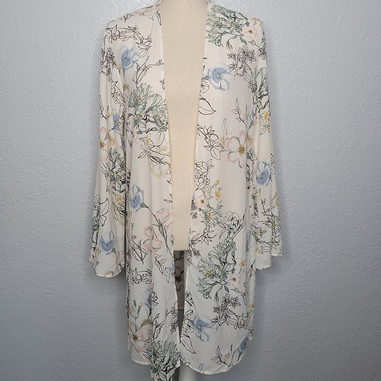 Betsey's Boutique Shop Floral Duster Kimono