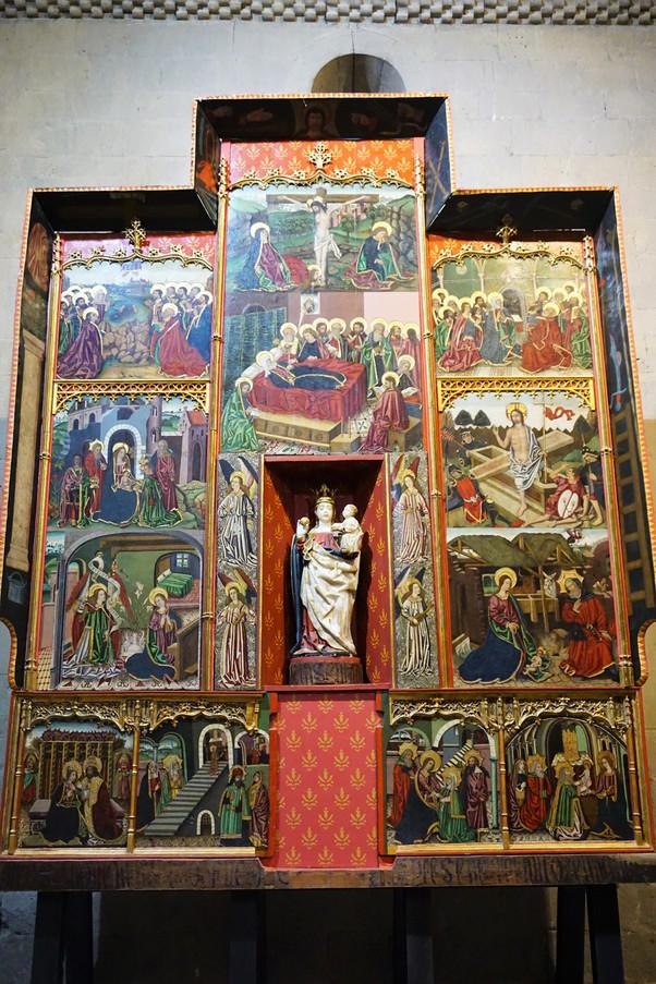 Retablo de la Virgen y el Niño. Iglesia de Santa María. Santa Cruz de La Seros (Huesca).