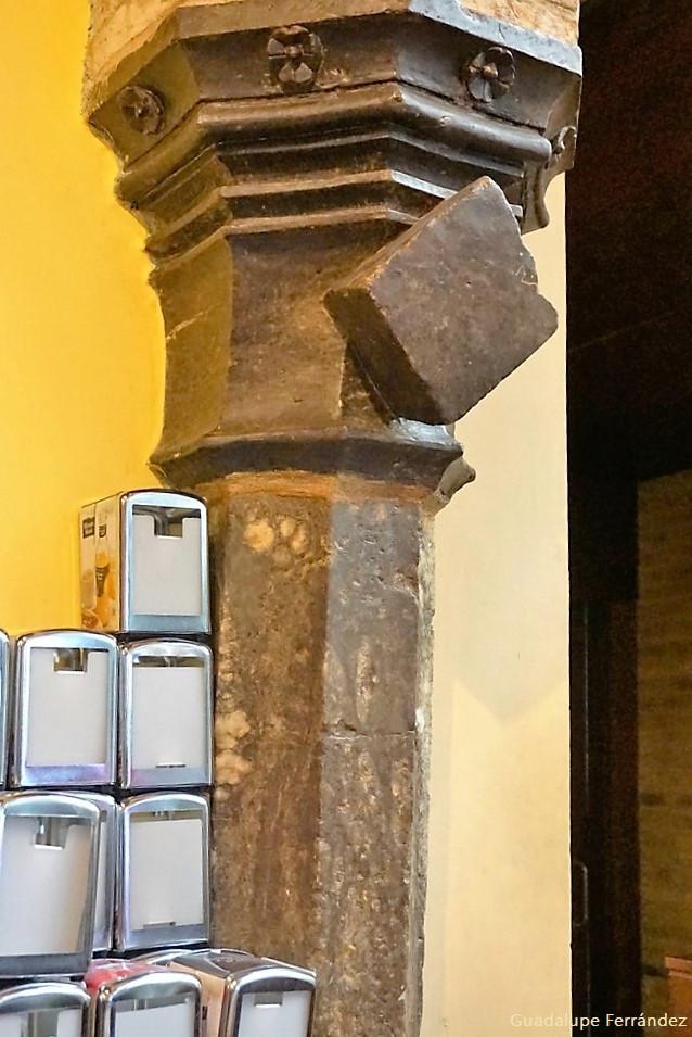 https://www.elviajedelalibelula.com/single-post/2016/10/01/El-Patio-G%C3%B3tico-del-Tubo-Zaragoza