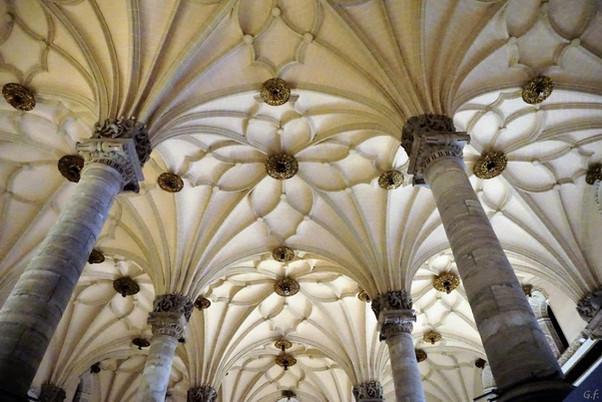 La Lonja de Mercaderes. Zaragoza.