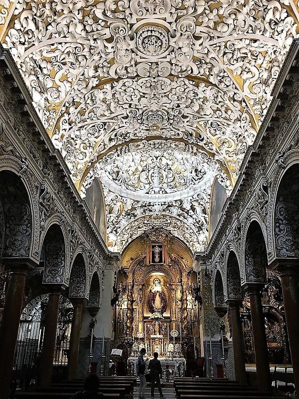 Iglesia de Santa María de las Nieves. Sevilla. Un precioso templo barroco.