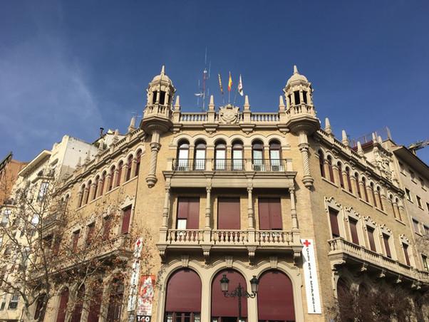 Antiguo Hospital de la Reina Victoria Eugenia. Actual sede de la Cruz Roja Española. Zaragoza.