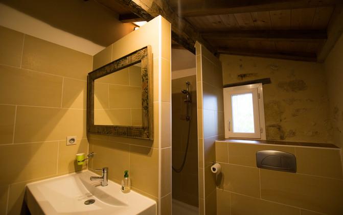 La douche room - bathroom with shower