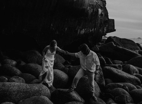 A Cornish Shipwreck Elopement at Sunset