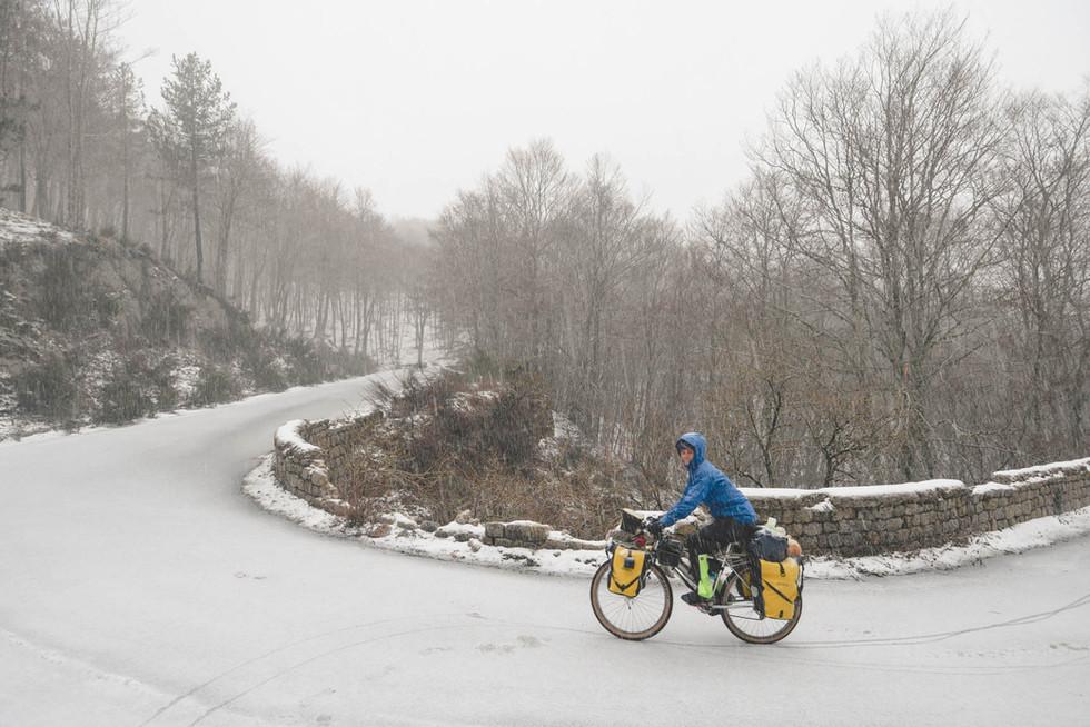 cycling-calabria-snow