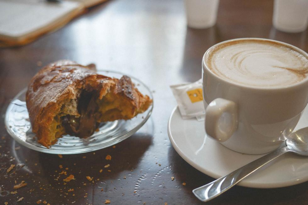 coffee-cornetto-calabria-italia.jpg