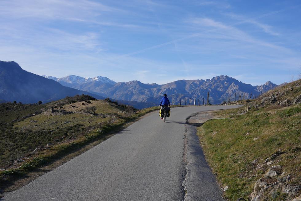 cyclotourisme-corse-corte.JPG