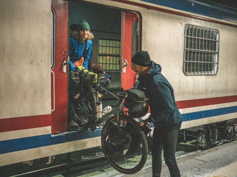train-turkey-cycling