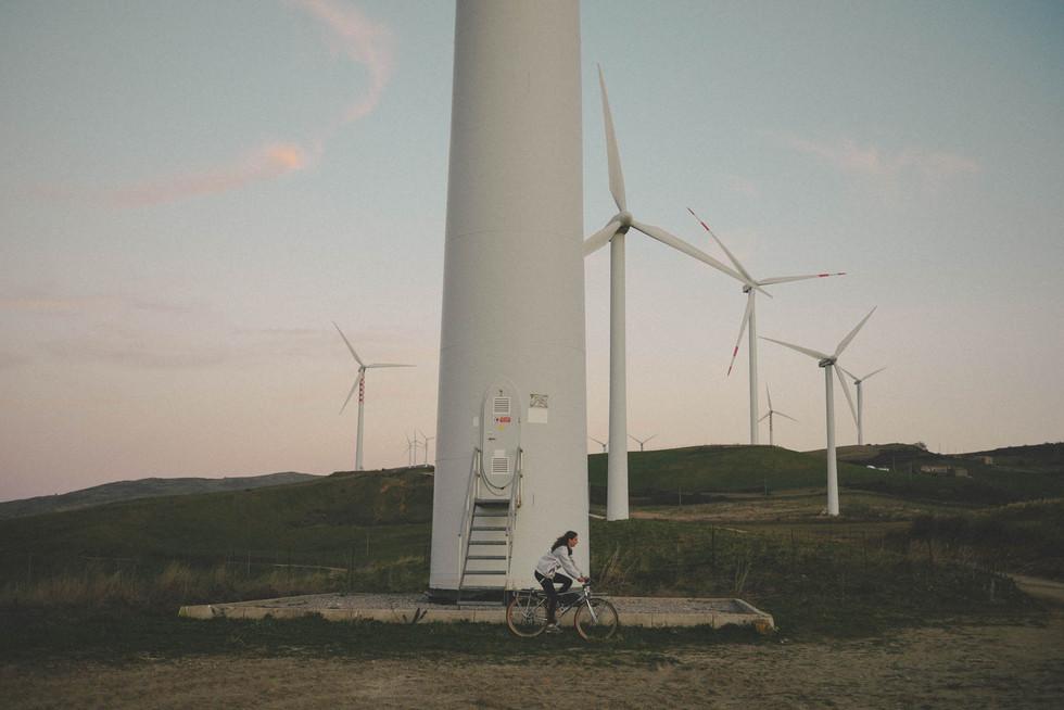 windmills-bike-shooting